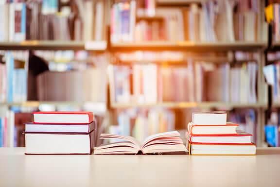 CRS Idiomas tem Metodologia em Abordagem Comunicativa e Professores com Certificados Internadionais em Educação